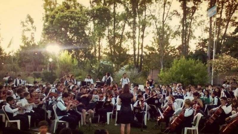 Un cumpleaños camino al Encuentro Nacional de Orquestas