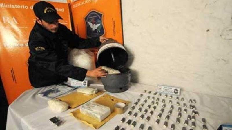 Cae una organización narco que transportaba drogas en garrafas