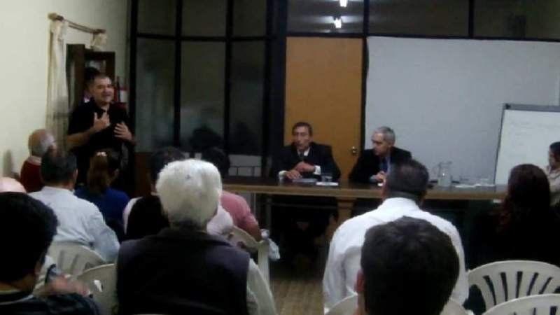 El Juez Atencio visitó San Vicente y escuchó el reclamo de los vecinos