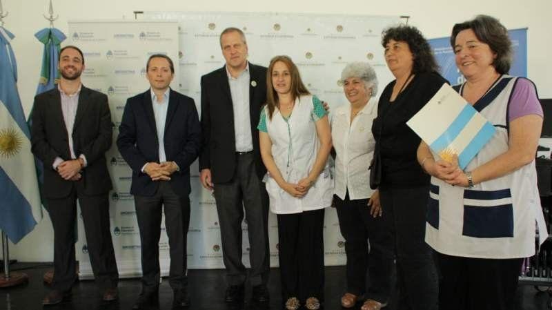 Otorgaron dinero para refacciones a 45 escuelas de Esteban Echeverría