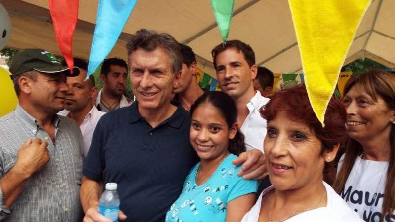 Macri recorrió Monte Grande en un intento de sumar votos