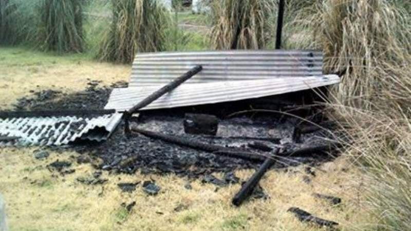 Provocan un incendio en la Laguna de San Vicente