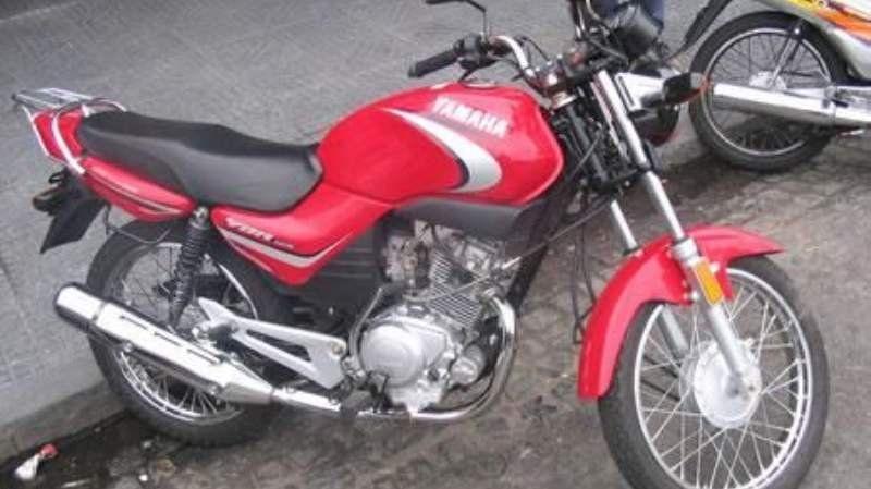 Detienen a un mecánico que tenía una motocicleta robada