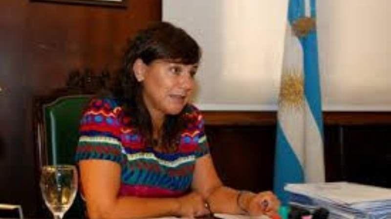 El Gobierno Nacional entregó un subsidio a los pequeños productores echeverrianos