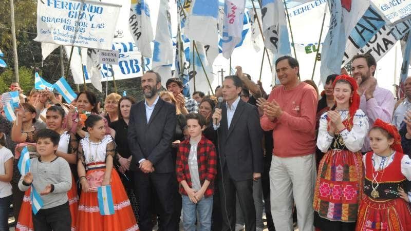 El Intendente se comunicó con la Presidenta en la inauguración del Paso Bajo Nivel de Cervetti