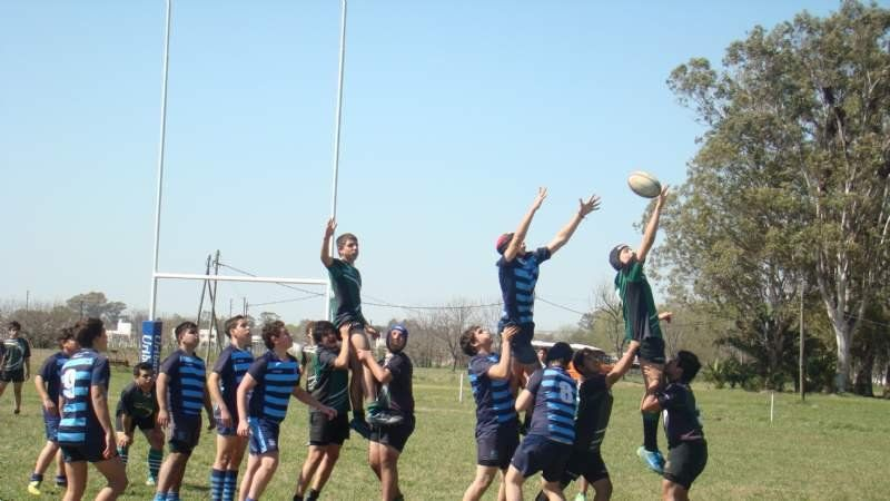 Una victoria para Porteño en juveniles