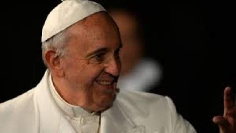 En su segunda escala en Cuba, el Papa visita la ciudad de Holguín.