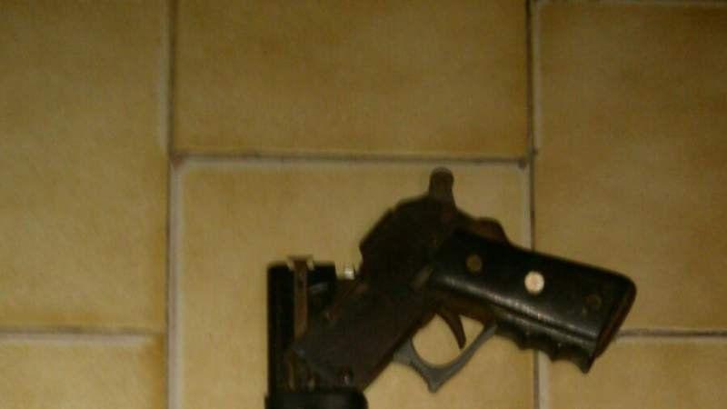 Un hombre de 67 años amenazó a un colectivero con una escopeta