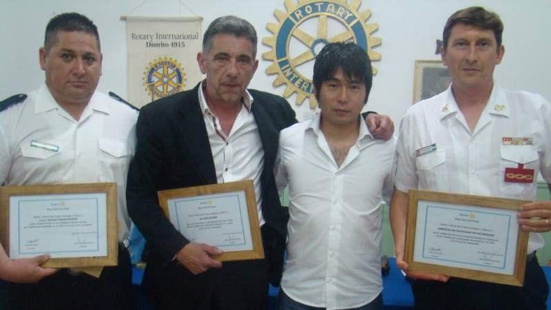 El Rotary entregó reconocimientos a servidores públicos