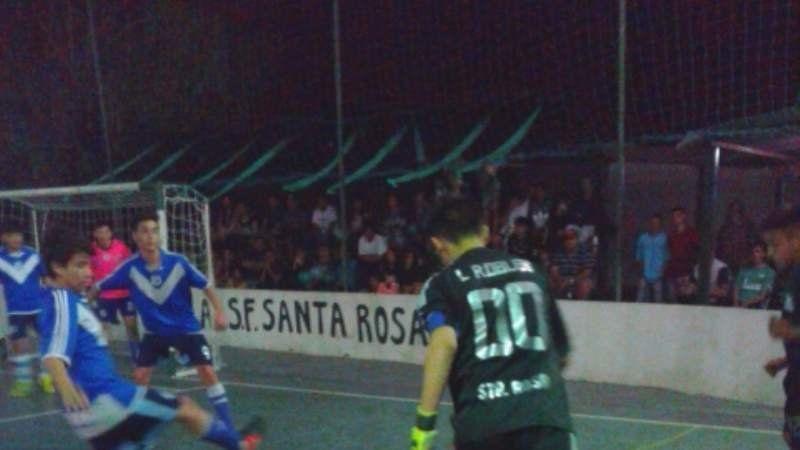 Santa Rosa sigue liderando en 2001