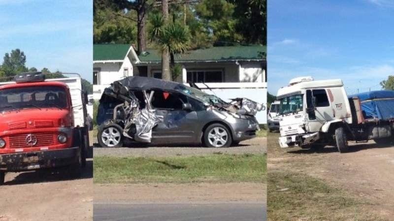 Accidente y milagro: auto quedó comprimido entre dos camiones