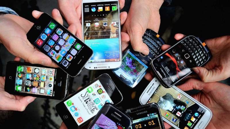 El Gobierno lanzó el plan para comprar celulares 4G a 2.200 pesos