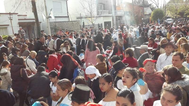 Esteban Echeverría festejó el 25 de Mayo