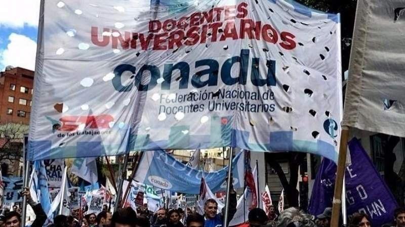 El Gobierno y los docentes universitarios llegaron a un acuerdo salarial