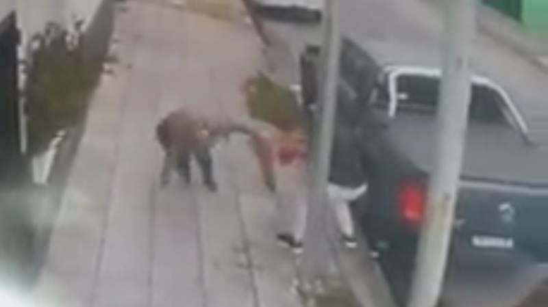 Violento robo a una mujer en Lanús