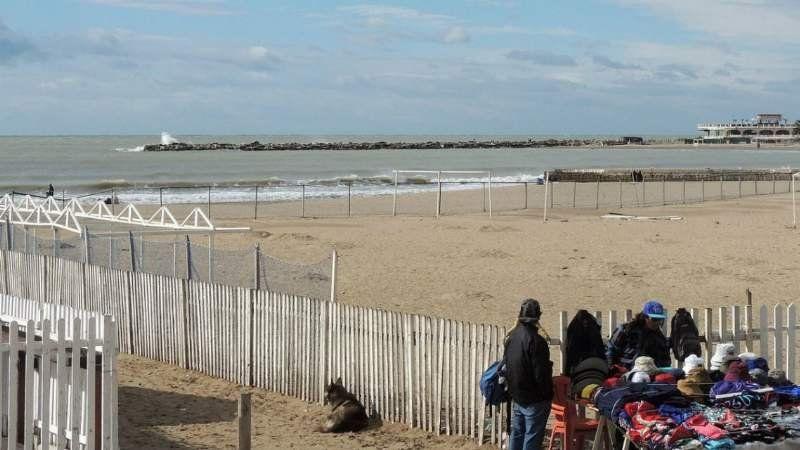 Misterio: encontraron un cadáver frente a una playa de Mar del Plata