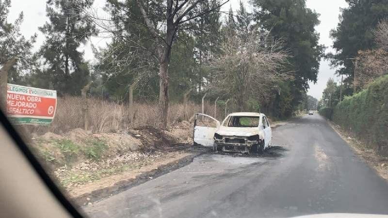 Se incendió un vehículo en la calle Balcarce
