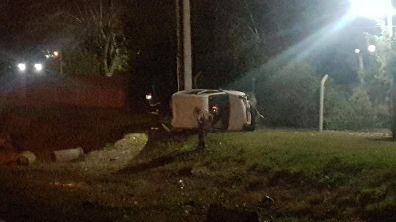 Grave accidente con vuelco en la ruta 6 en San Vicente