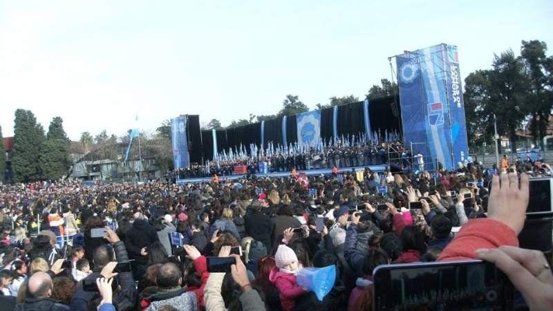 Se suspendió el acto por el Día de la Bandera