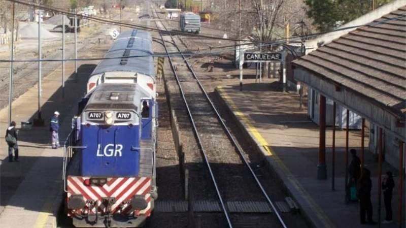 Trenes a Cañuelas con demoras por un accidente fatal