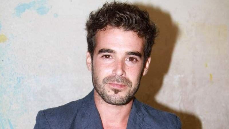 Nicolás Cabré sufrió el acoso de tres mujeres en plena función de teatro