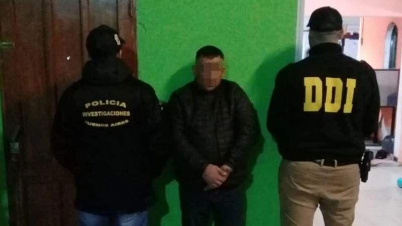 VIDEO: Así detuvo la policía a Karma, el barra de Tristán Suárez