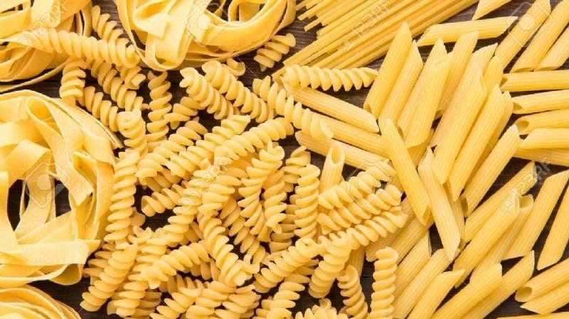 La ANMAT prohibió la venta de un lote de pastas y un aceite de oliva