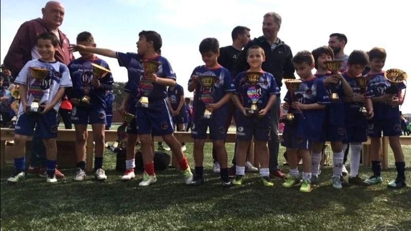 Arranca el Mundialito de fútbol infantil en Lanús