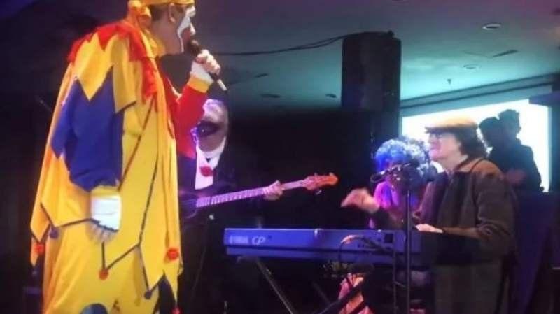 VIDEO: Piñón Fijo y Charly García cantaron juntos un clásico argentino