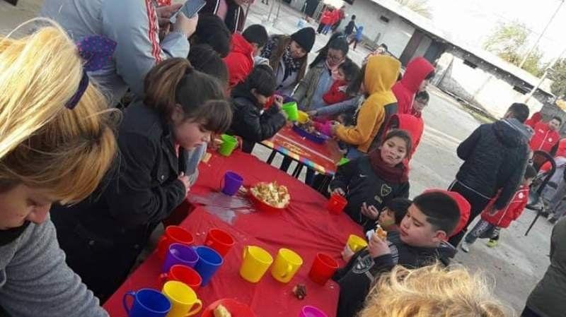 El Club Sol de Mayo recauda juguetes por el día del niño