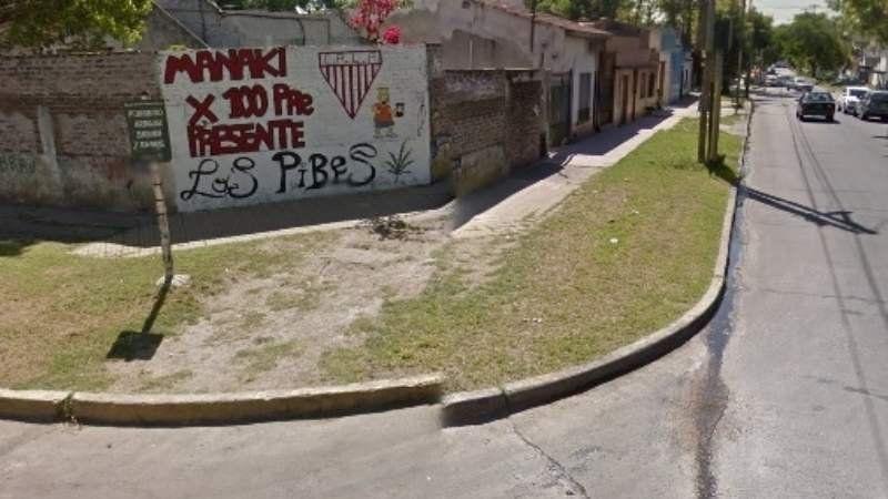Lo detuvieron por intentar robar una camioneta con un bebé adentro en el centro de Lomas