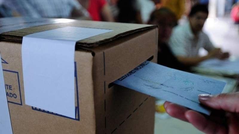 Qué hacer si faltan boletas en el cuarto oscuro a la hora de entrar a votar