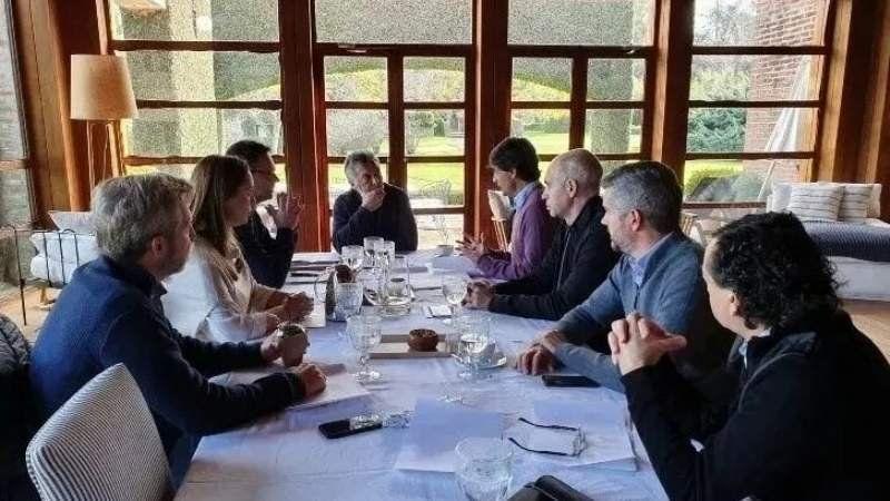 Macri se reunió en el nuevo ministro de Hacienda, Hernán Lacunza
