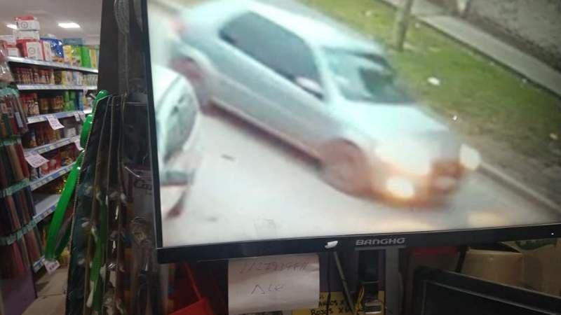 Longchamps: Le chocó el auto, se dio a la fuga y quiere encontrarlo para que pague
