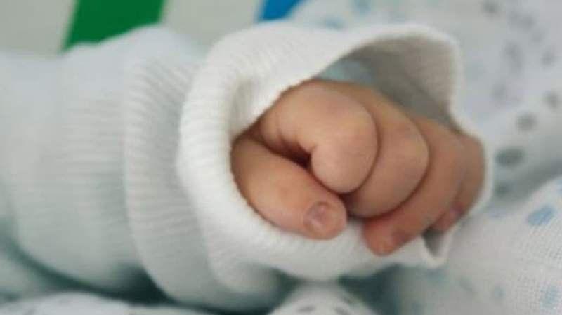 Falleció una de las trillizas gemelas idénticas nacidas la semana pasada