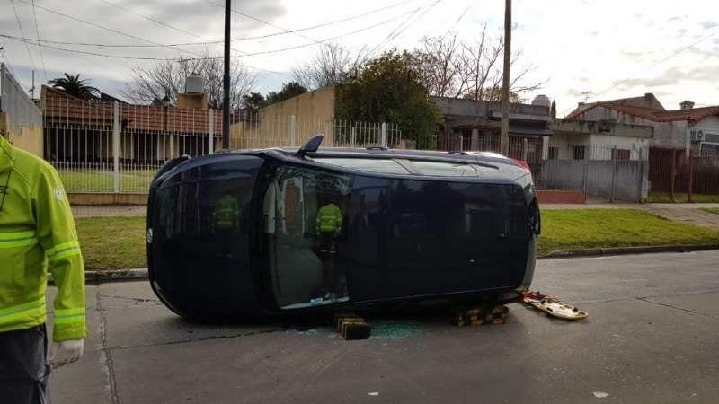 Un violento choque en Lomas dejó como saldo un herido