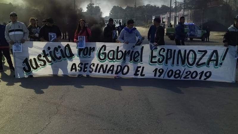 Cortan la ruta 210 entre Korn y Guernica: piden justicia por un homicidio