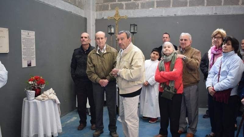 Emotivo homenaje a un vecino histórico de San Vicente en la Iglesia