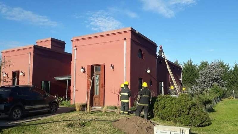 Incendio en una casa en Daromy de San Vicente