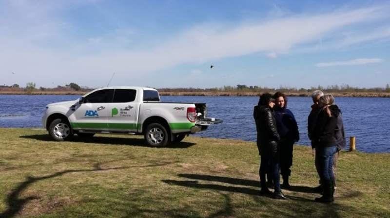 Peces muertos en la laguna de San Vicente: técnicos estudian las causas