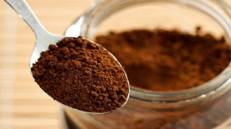 Prohibieron la comercialización de unos duraznos enlatados y un café instantáneo