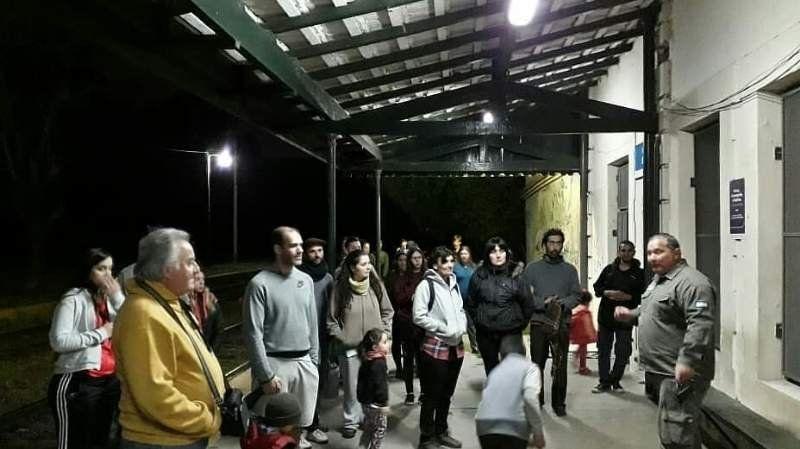 Decenas de personas recorrieron de noche la reserva de Santa Catalina
