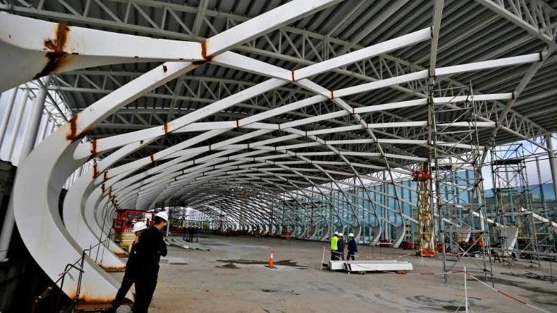 Se derrumbó una obra en el Aeropuerto de Ezeiza: Hay un muerto y diez heridos