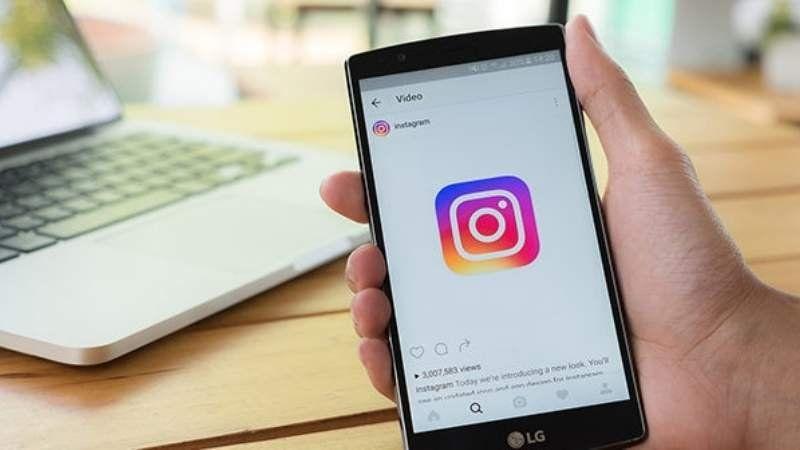 Instagram comienza a probar el modo oscuro en teléfonos Android
