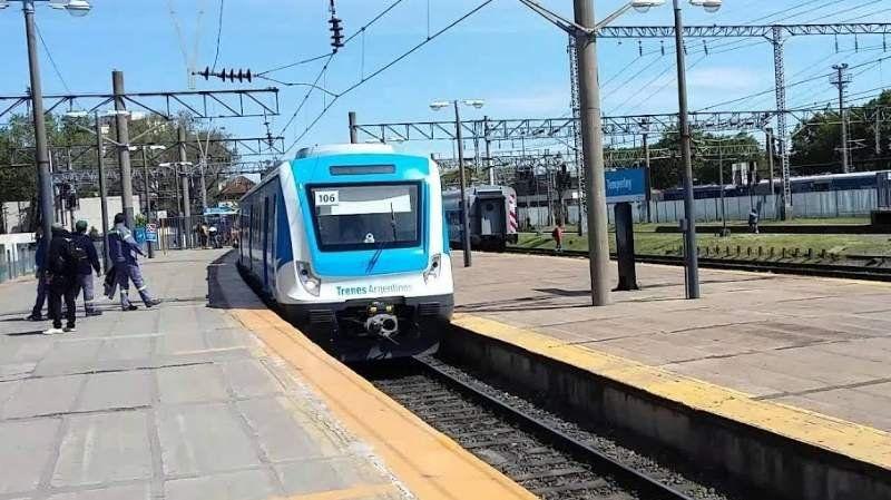 VIDEO: batalla campal a bordo de un tren de la Línea Roca