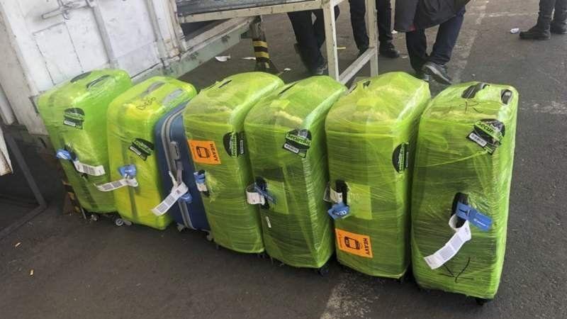 Ezeiza: con valijas llenas de droga detuvieron a tres agentes de la Policía Aeroportuaria