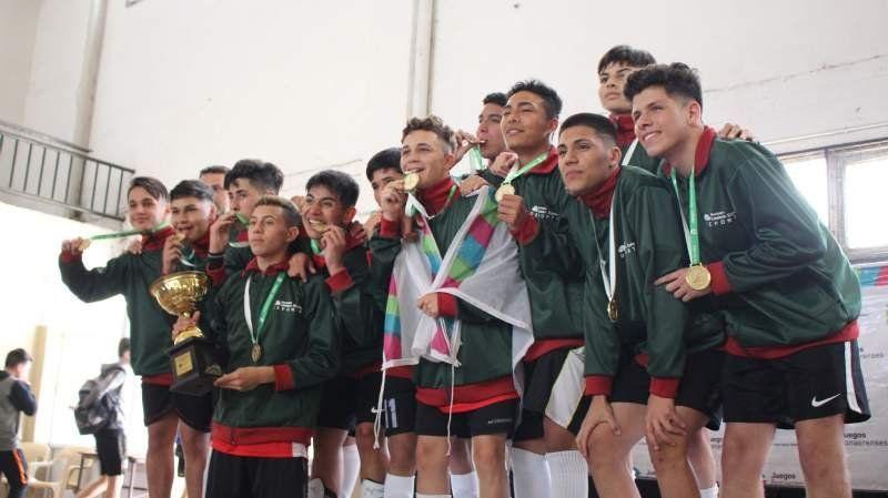 Echeverría continúa sumando oros en bonaerenses luego de ganar una final de futsal