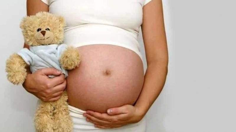 Aseguran que bajó la tasa de embarazo adolescente