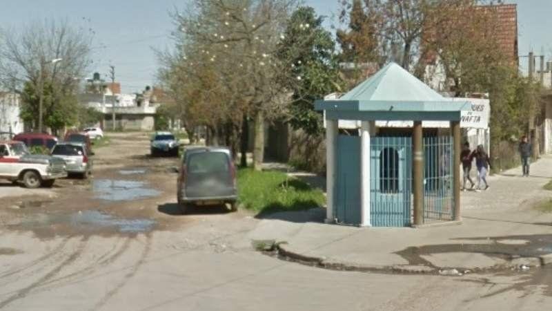 Villa Centenario: balearon a un joven en un intento de robo