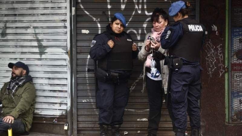 Policías que participaron del operativo del 34º Encuentro Nacional de Mujeres recibirán un bono especial